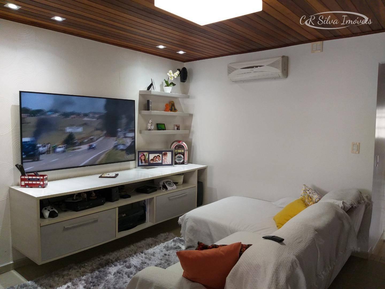 Sobrado com 3 dormitórios à venda, 168 m² por R$ 740.000,00 - Campo Grande - Santos/SP