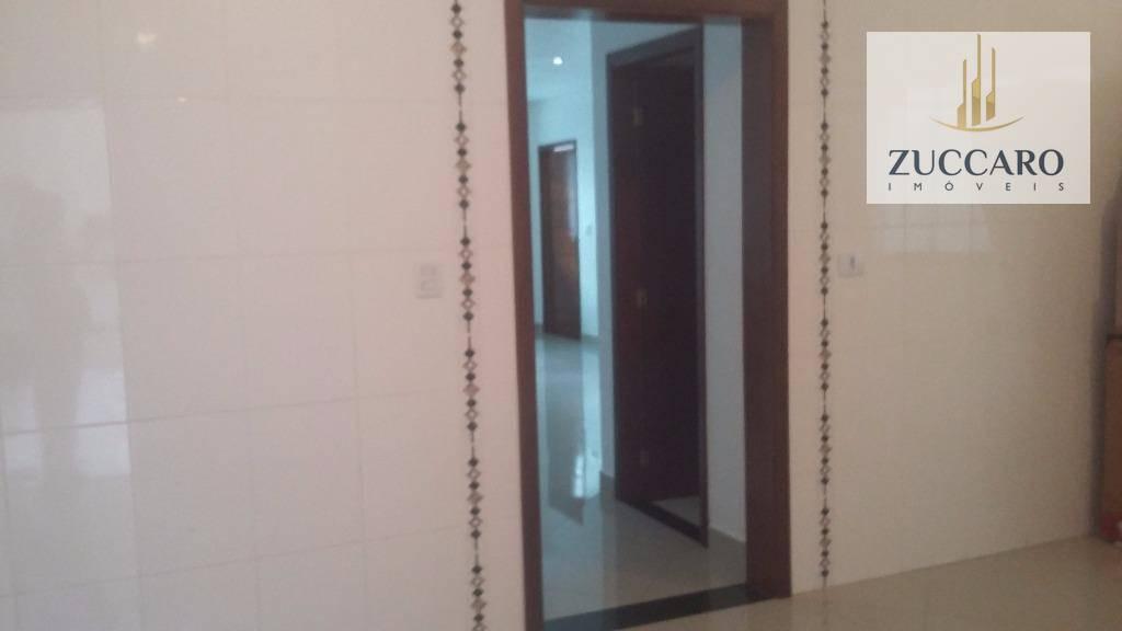 Sobrado de 3 dormitórios à venda em Vila Barros, Guarulhos - SP