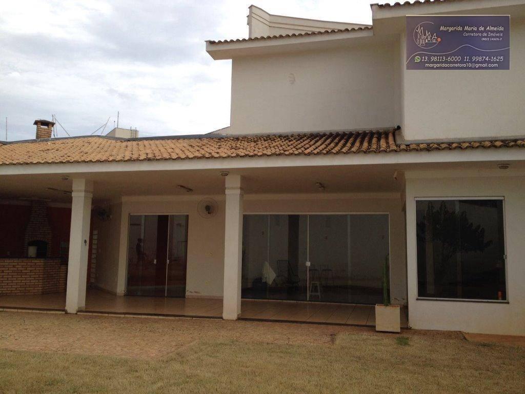 Direto com proprietario Vende-se ou Permuta casa sobrado de 366 m2 área construída, em Araçatuba por apto em Santos