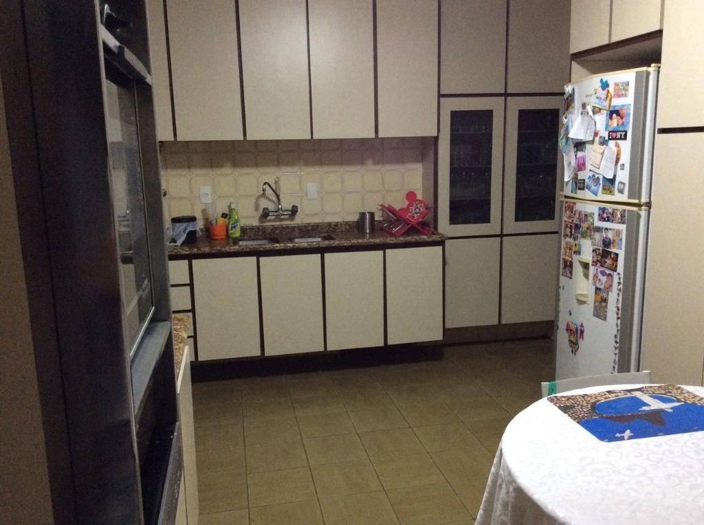 Apartamento residencial com 130 m² à venda no Bairro Jardim, Santo André.