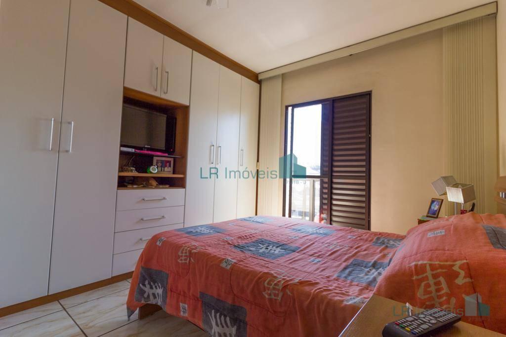 Sobrado com 3 dormitórios para alugar, 160 m² por R$ 2.416,00/mês - Guarulhos - Guarulhos/SP
