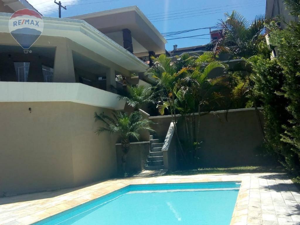 Casa com 4 dormitórios para alugar, 230 m² por R$ 4.000 - Recreio Maristela - Atibaia/SP