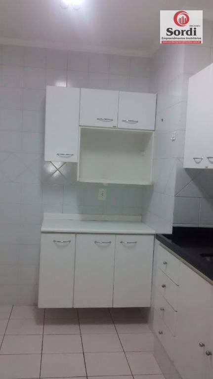 Apartamento com 2 dormitórios à venda, 76 m² por R$ 265.000