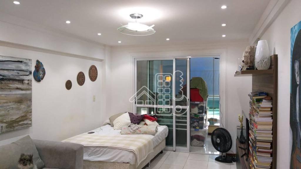 Flat com 1 dormitório à venda, 66 m² por R$ 265.000 - Camboinhas - Niterói/RJ