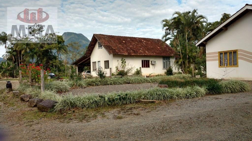 Fazenda/sítio/chácara/haras com 2 Dormitórios à venda, 72.963 m² por R$ 2.160.000,00