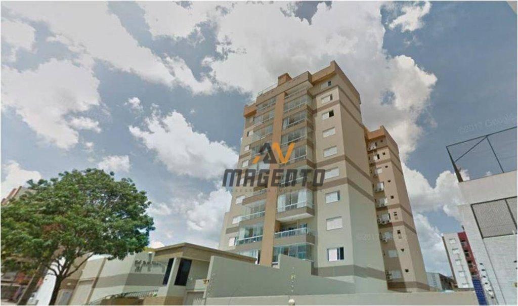 Apartamento com 3 dormitórios à venda, 115 m² por R$ 537.000 - Centro - Cascavel/PR