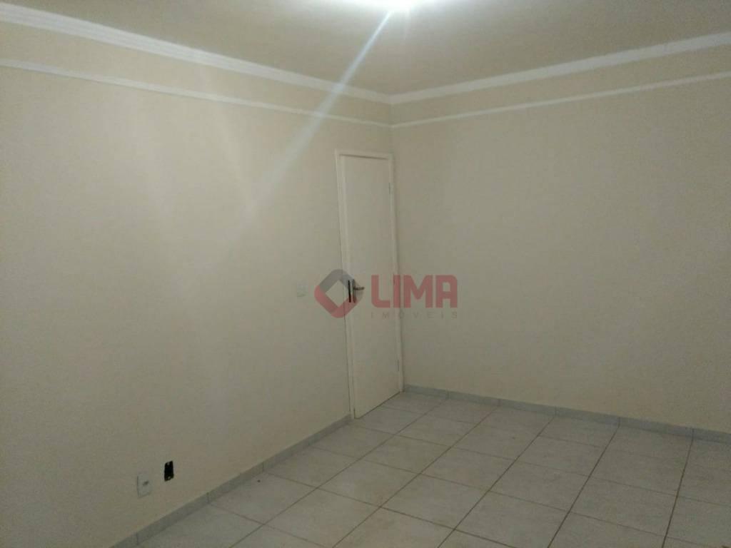 Sobrado com 3 dormitórios à venda, 165 m² por R$ 260.000 - Jardim Vânia Maria - Bauru/SP
