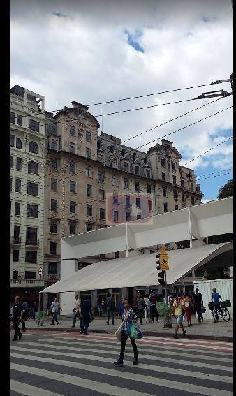 Conjunto à venda em Centro, São Paulo - SP