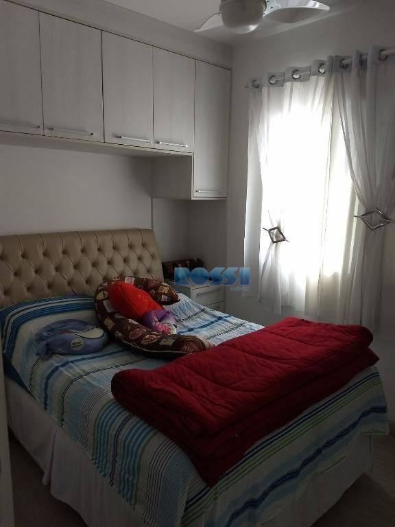 apartamento contendo 3 dormitórios planejados, sendo 1 suíte, wc social, sala living 2 ambientes com sacada,...