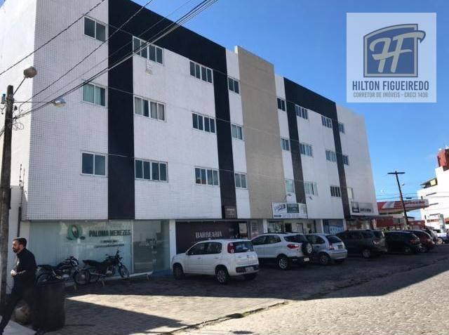 Alugo apto no Bessa c/ 1 dormitório, 41 m², próximo de tudo: Mar, lotérica, posto de gasolina, mercado, farmacia, transp público, R$800