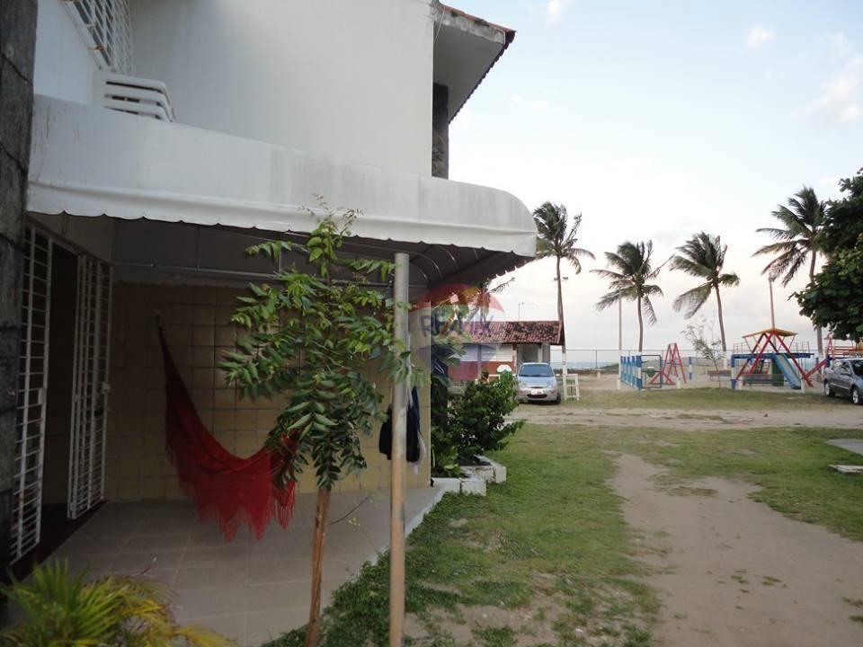 Alugo ótima casa mobiliada em Maria Farinha, dúplex, 118 m, 4 quartos sociais no piso superior (Ar condicionado em todos os quartos.