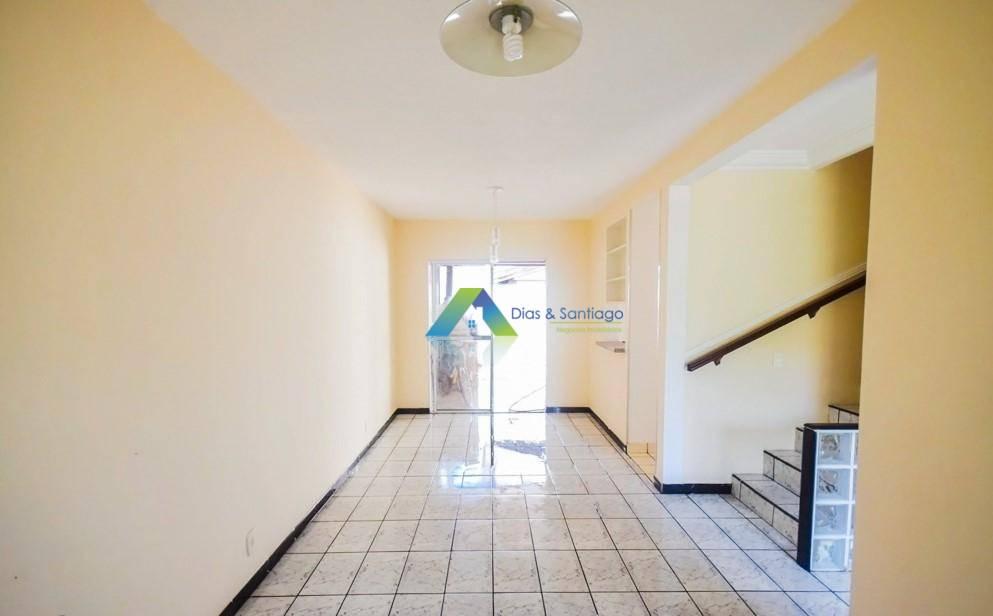 Sobrado com 3 dormitórios à venda por R$ 330.000 - Parque Villa Flores - Sumaré/SP