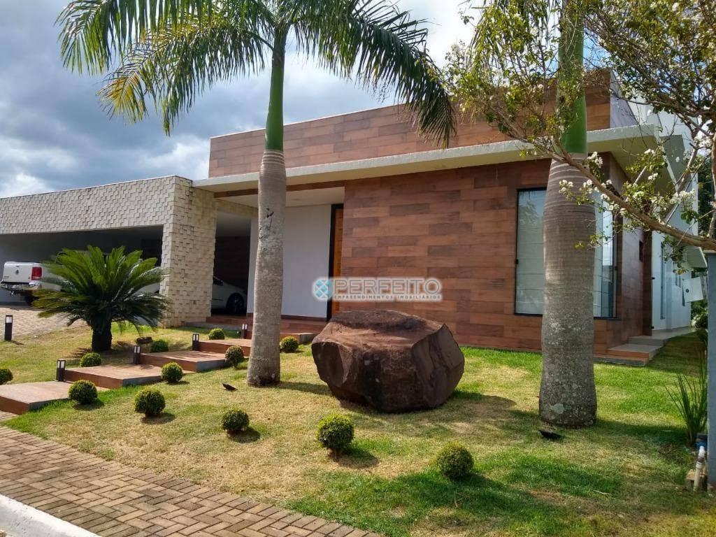 Casa com 3 dormitórios à venda no Condomínio Villagio do Engenho, 320 m² por R$ 1.500.000