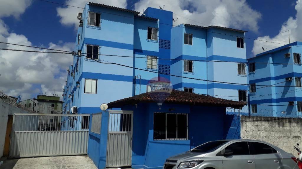 Apartamento com 2 dormitórios para alugar por R$ 650/mês - Jardim Primavera - Camaragibe/PE