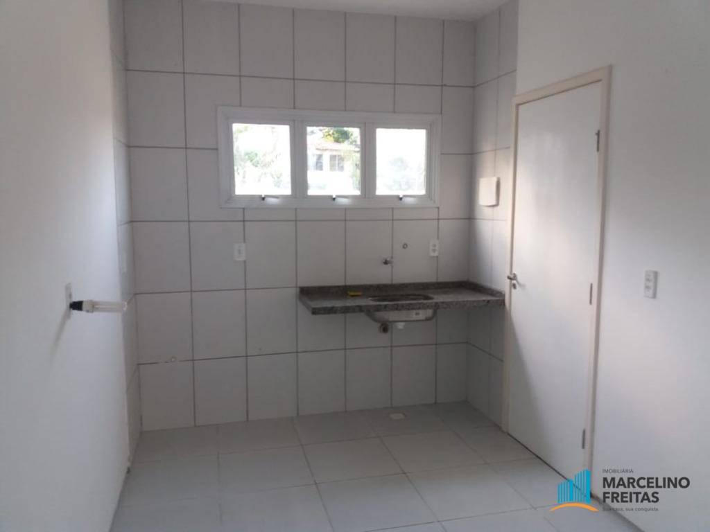 Casa em condomínio à Venda - Centro