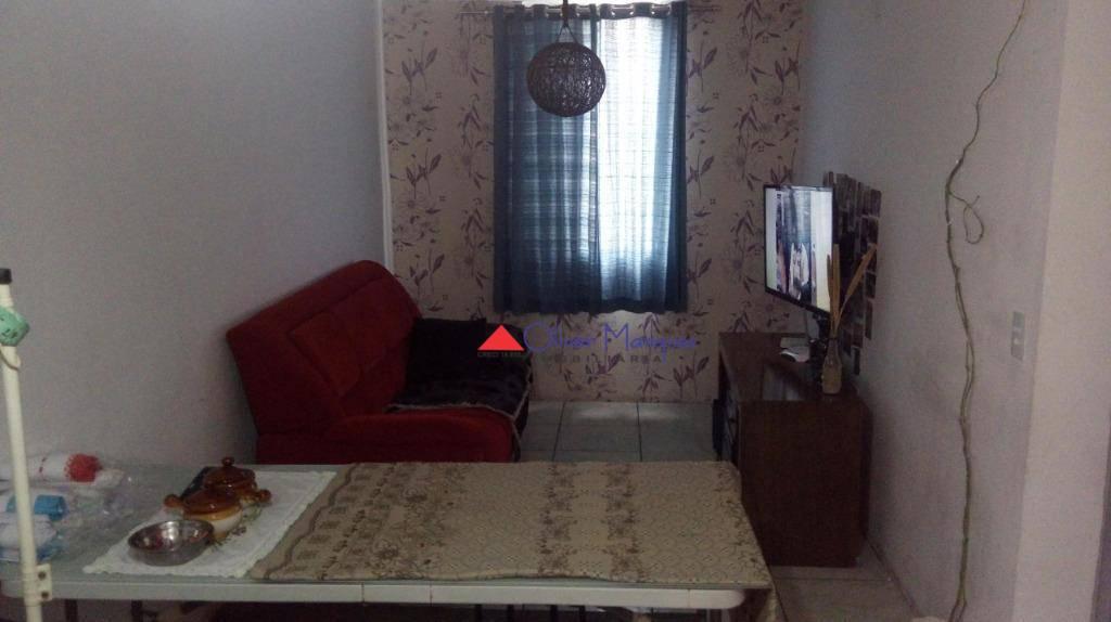 Apartamento com 1 dormitório à venda, 45 m² por R$ 115.000 - Conjunto Habitacional Presidente Castelo Branco - Carapicuíba/SP