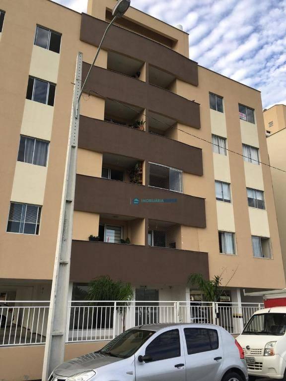 Apartamento com 3 dormitórios na Ponte do Imaruim em Palhoça.