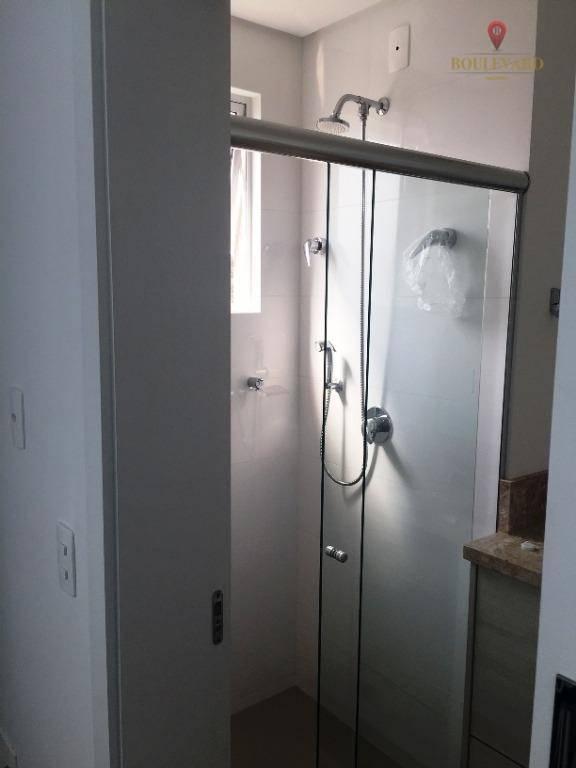 Apartamento Mobiliado 6º Andar de Frente Vende em Itapema - SC