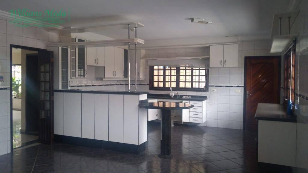 Sobrado com 4 dormitórios para alugar, 360 m² por R$ 4.500/mês - Parque Renato Maia - Guarulhos/SP