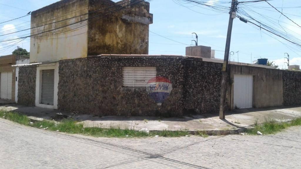 Casa com 4 dormitórios à venda, 250 m² por R$ 500.000 - San Martin - Recife/PE