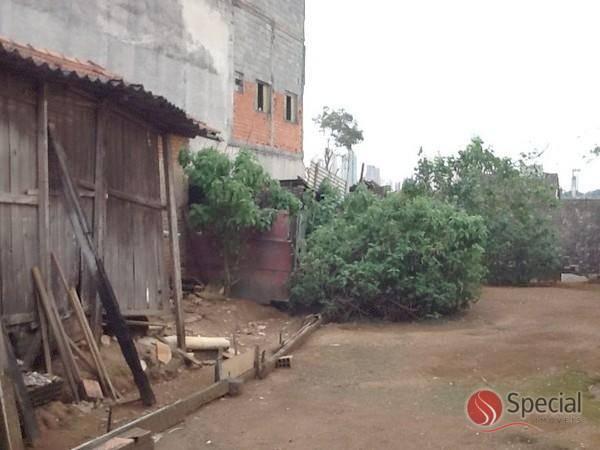 Terreno à venda em Vila Invernada, São Paulo - SP