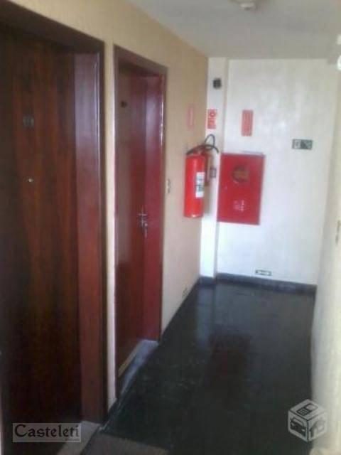 Apartamento de 2 dormitórios à venda em Vila Marieta, Campinas - SP