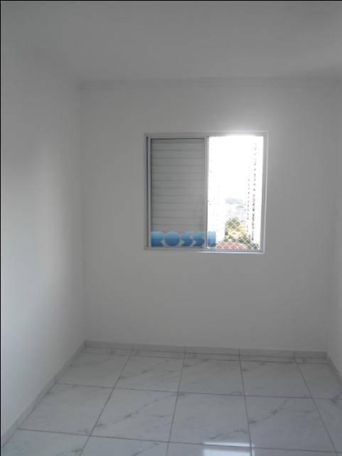 apartamento vila prudente ao lado do metro. 02 dormitórios, sala para dois ambientes com sacada, cozinha...