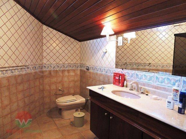 casa térrea à venda no jardim acapulco em guarujá, sala 5 ambientes, 5 suítes, cozinha com...