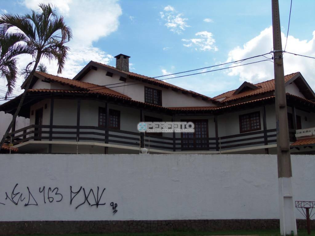 Casa à venda em Londrina no Jardim Universitário com 4 dormitórios, 550 m² por R$ 900.000/
