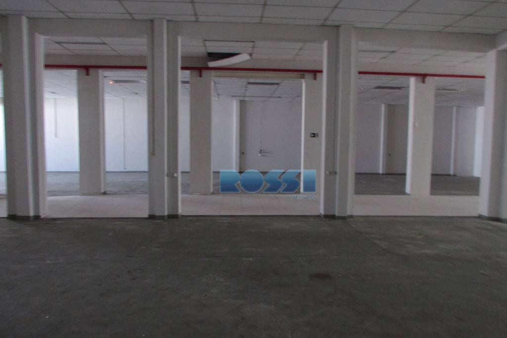 galpão reformado para locação mooca.1.200m² . força trifasica , escritorios, cozinha , vestiario , alvara de...