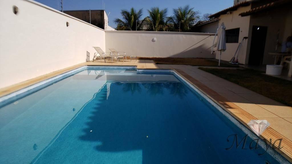 Casa 3 Quartos, sendo 2 suítes, 167 m² c/ piscina na 405 Sul
