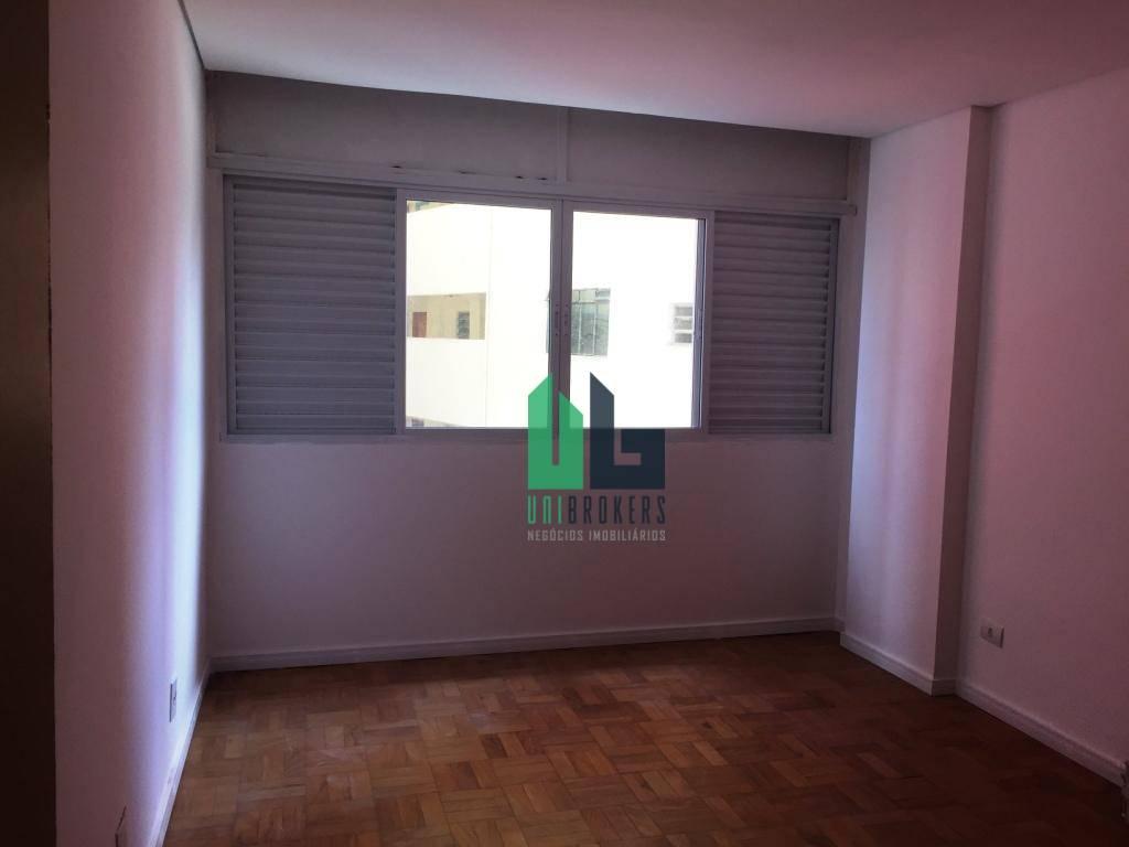 ótimo apartamento com três dormitórios, uma suíte e duas vagas de garagem. apartamento modernizado, muito bem...