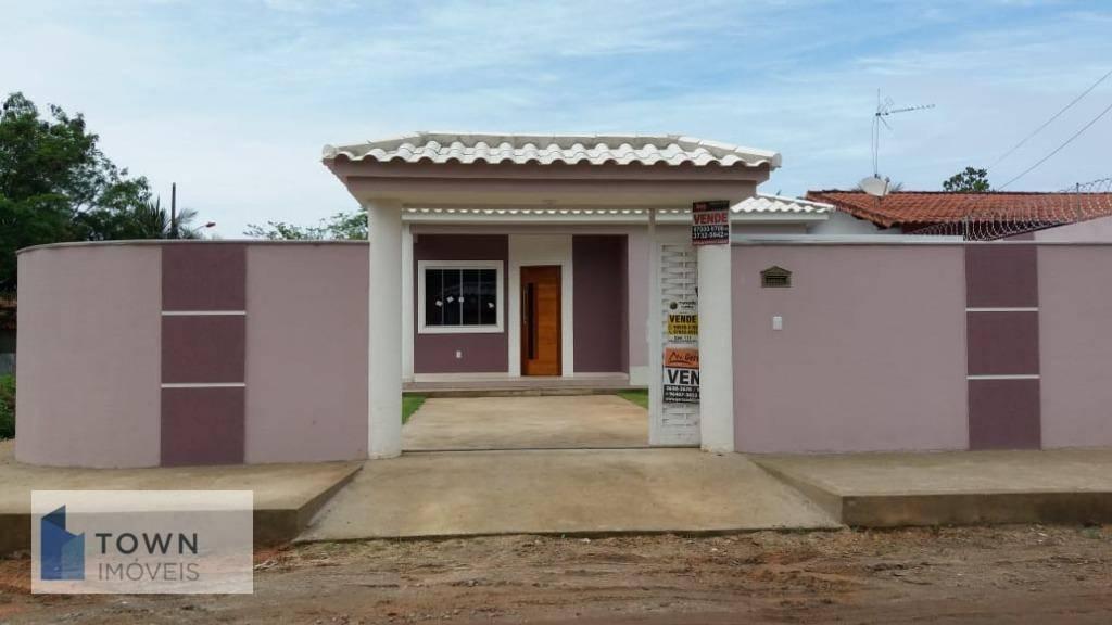Casa toda em Porcelanato de  2 dormitórios à venda, 125 m² por R$ 405.000