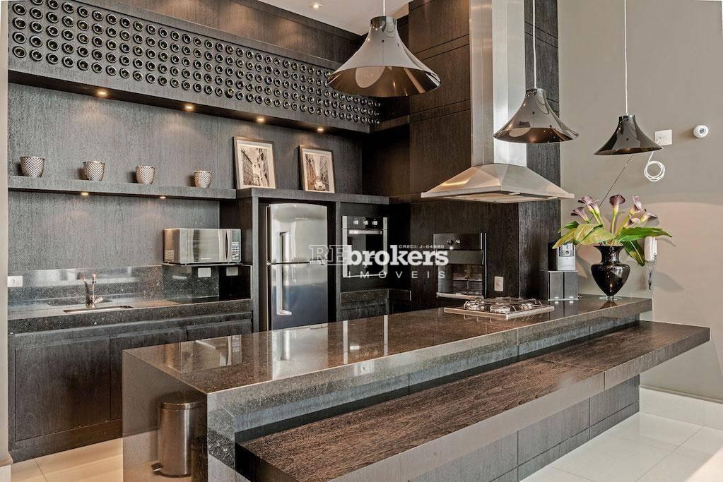 REbrokers - Apartamento com 3 Quartos, sendo 1 Suíte, 2 Vagas, Mercês, Curitiba, Apartamento à venda.