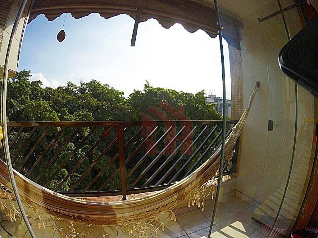 Fantástico apartamento no Centro de São Vicente a 150 metros da praia!