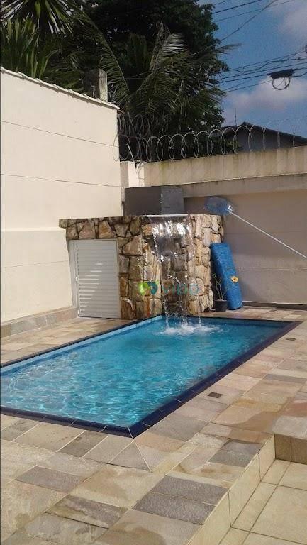 Imperdível!!! Casa com piscina, 04 dorm, Jardim Virginia, Pr