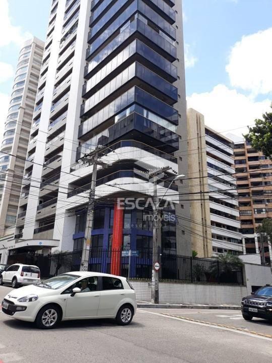 Apartamento com 4 quartos à venda, 180 m², 1 por andar, 4 vagas, financia - Meireles - Fortaleza/CE