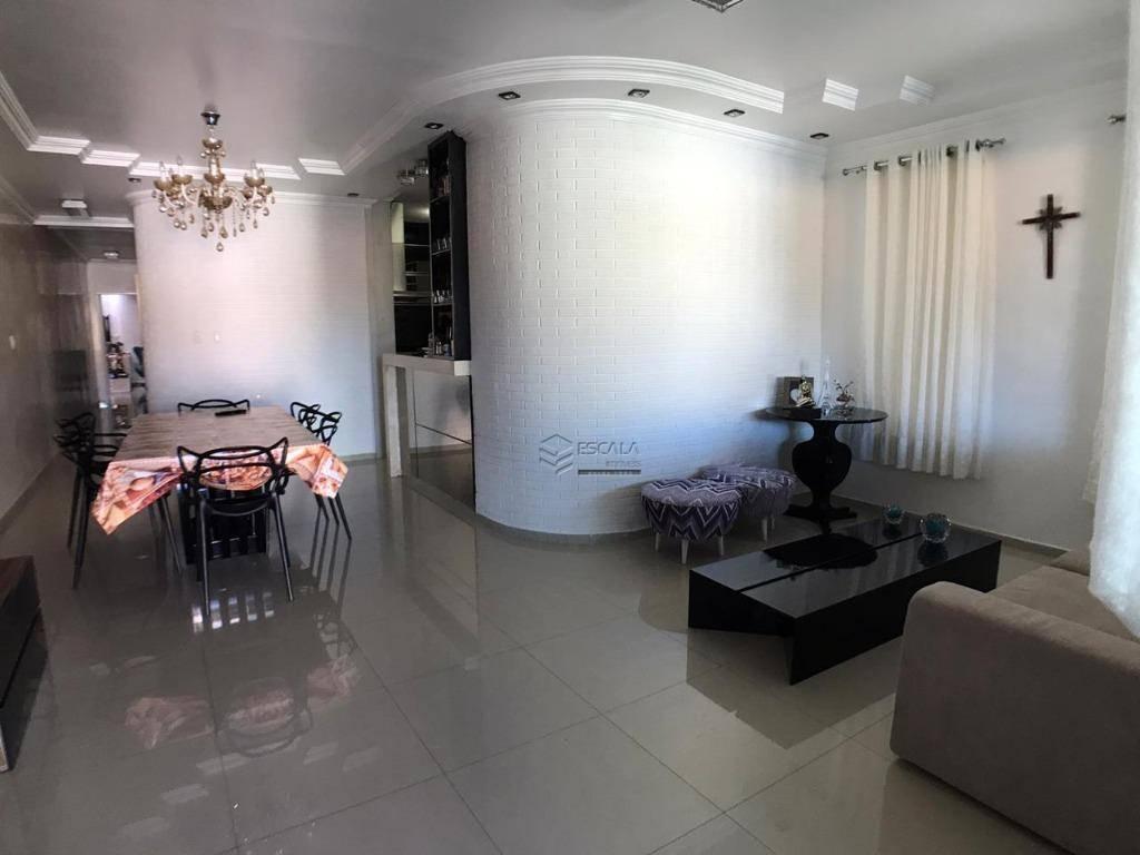 Casa plana om 3 quartos à venda, 170 m², piscina, 3 vagas,financia - Maraponga - Fortaleza/CE