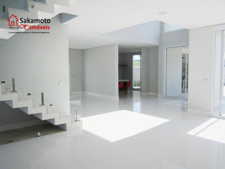 maravilhoso sobrado no condominio alphaville nova esplanada!excelente localização no condomínio.imóvel amplo, sala espaçosa propicia criação de...