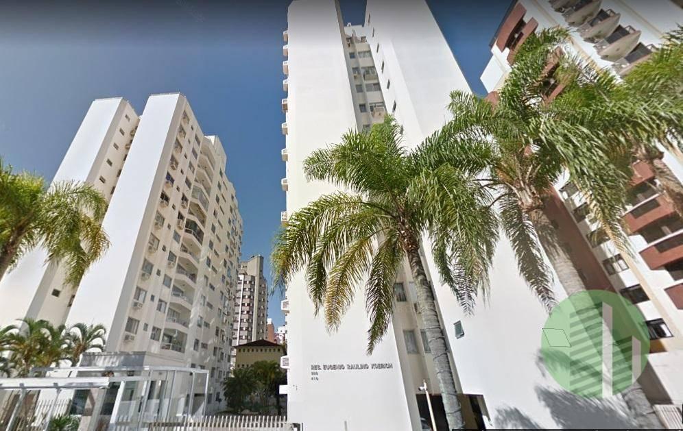 Apartamento ao lado do Shopping Beiramar | 3 Quartos | Andar Alto