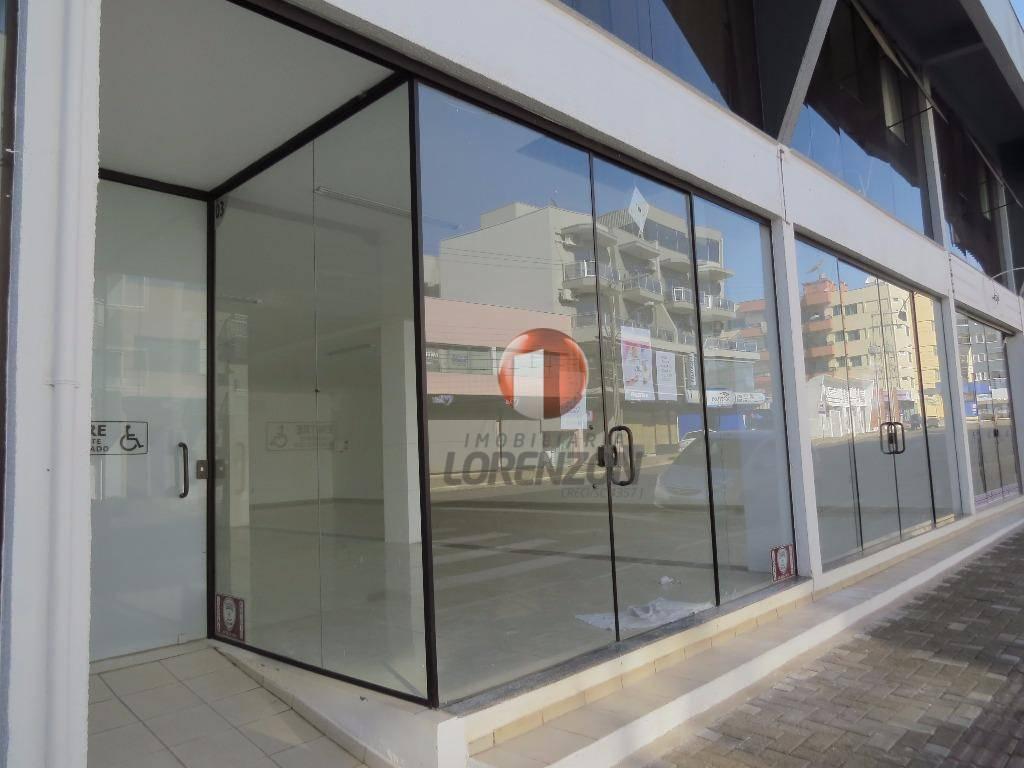 sala comercial no centro da cidade preparada para receber seu negocio, com o amplo espaço, uma...
