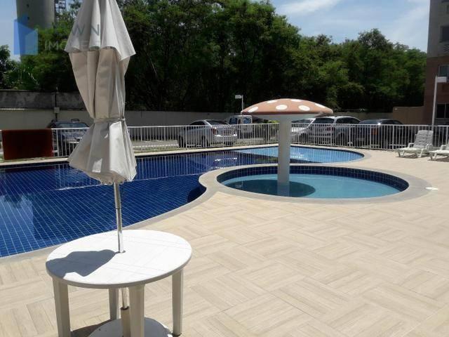 Apartamento com 2 dormitórios para alugar, 60 m² por R$ 1.110,00/mês - Neves - São Gonçalo/RJ