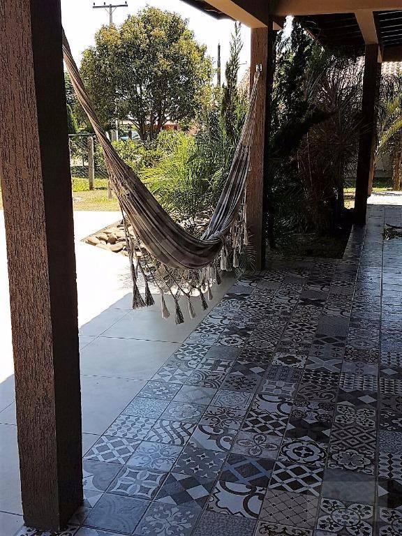 excelente residência financiável em morro grande viamão, disposta de 3 dormitórios sendo uma suíte master, sala...