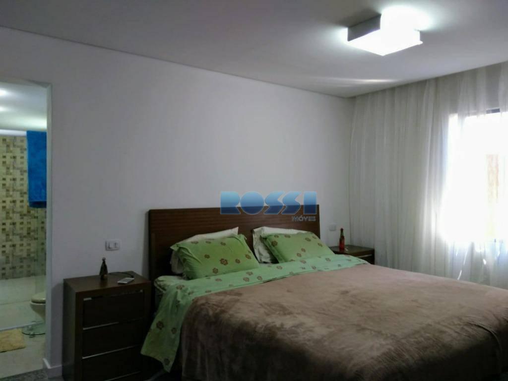 sobrado recém reformado na vila prudente contendo 3 dormitórios, sendo 1 suíte com armários planejados, wc...