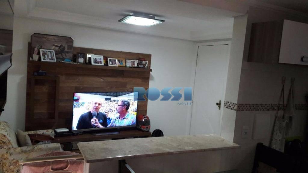 Apartamento residencial à venda, Conjunto Habitacional - Setor A, Itapevi.