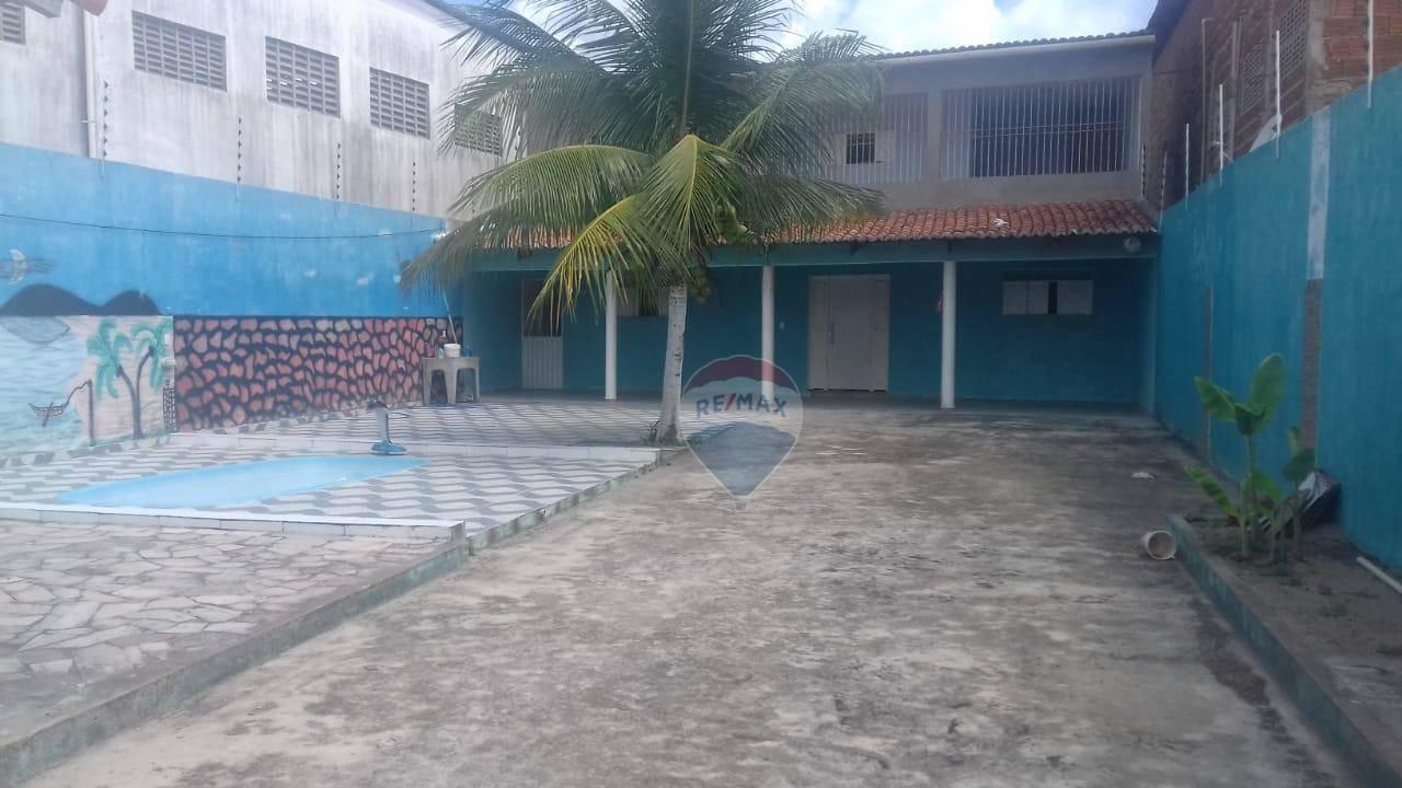 Casa com Piscina e 3 dormitórios à venda ou locação, 110 m²