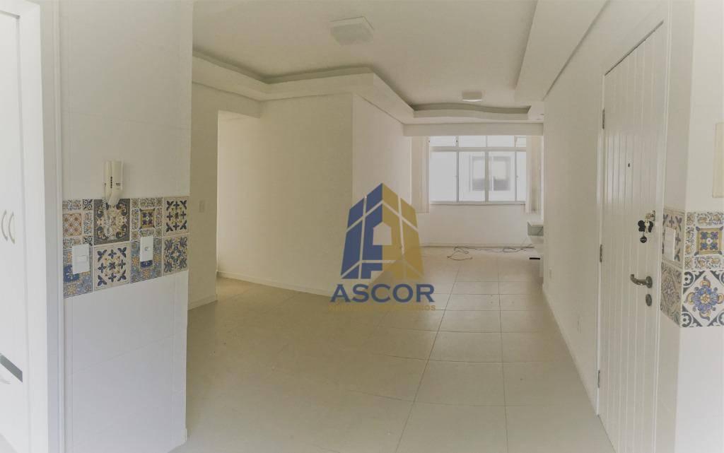 Apartamento com 3 dormitórios para alugar, 103 m² por R$ 1.550,00/mês - Kobrasol - São José/SC