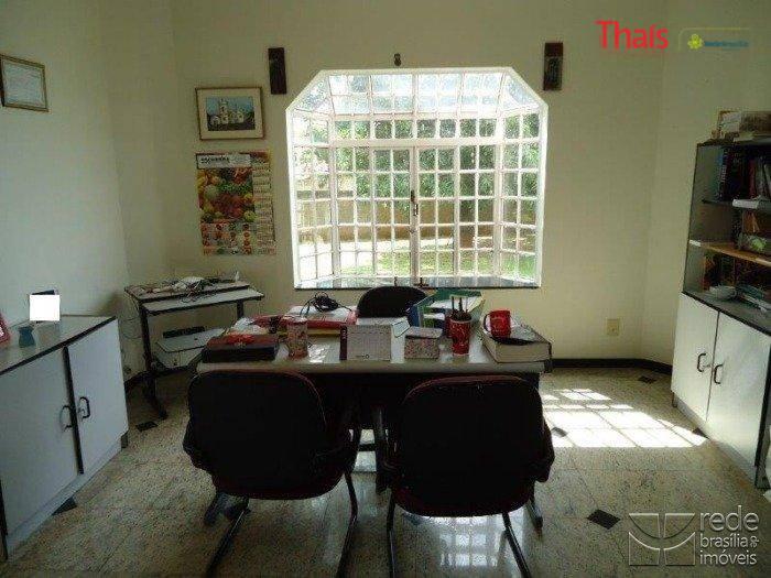 Casa de 4 dormitórios à venda em Park Way, Brasília - DF