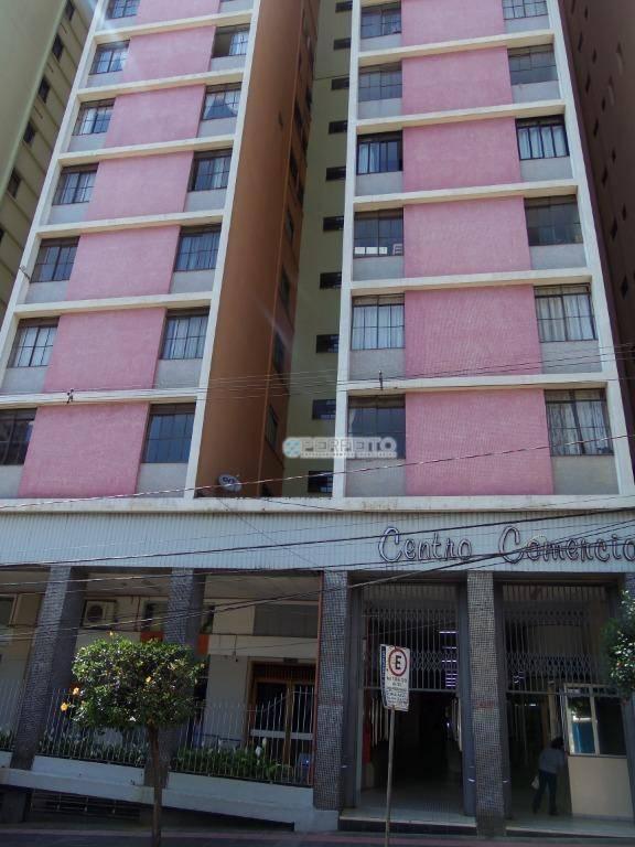 Apartamento no Centro de Londrina com 3 dormitórios à venda, 160 m² por R$ 249.000
