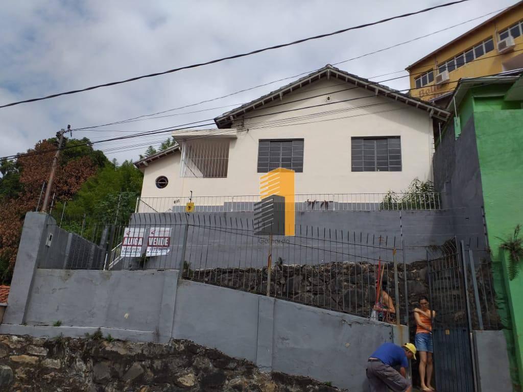 Casa residencial para venda e locação, Centro, Itajubá - CA0104.
